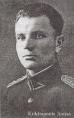 Juozas Krikštaponis. Nuotr. iš kn.: Lietuvos kariuomenės karininkai 1918-1953. – Vilnius, 2004. – T. 4, p. 277.