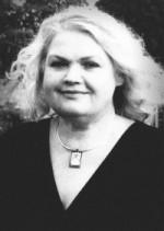 Jūratė Martinkutė. Nuotr. iš kn.: Česnaitis, Kęstutis. Portretai: Ukmergės krašto menininkai. Kn. 1. – Ukmergė, 2010, p. 19.