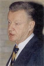 Zbignevas Bžezinskis. Nuotr. iš kn.: Nowa encyklopedia powszechna PWN. – Warszawa, 1997. – T. 1, p. 584.