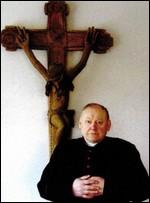 Monsinjoras Vytautas Kazimieras Sudavičius. Nuotr. iš kn.: Aukštadvario Kristaus Atsimainymo parapija, 1913–2013. Kaunas, 2013, p. 4.