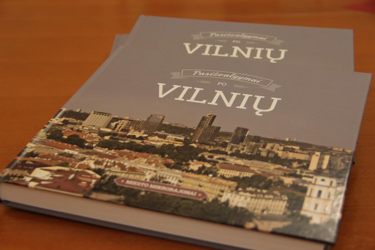Pasižvalgymai po Vilnių: miesto mikrorajonai. – Vilnius, 2015. Knygos viršelis