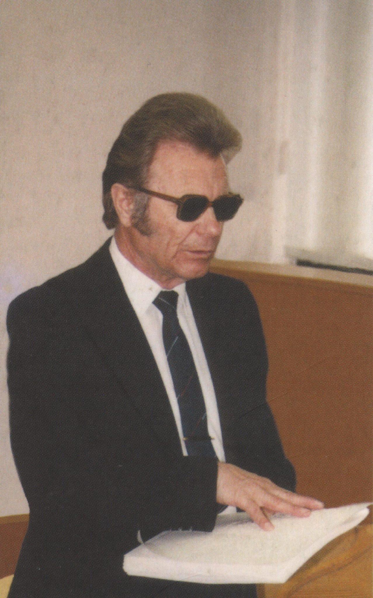 1. Vaclovas Areima. Nuotr. iš kn.: Areima, Vaclovas. Laiškai tylai. – Vilnius, 2003, IV virš.